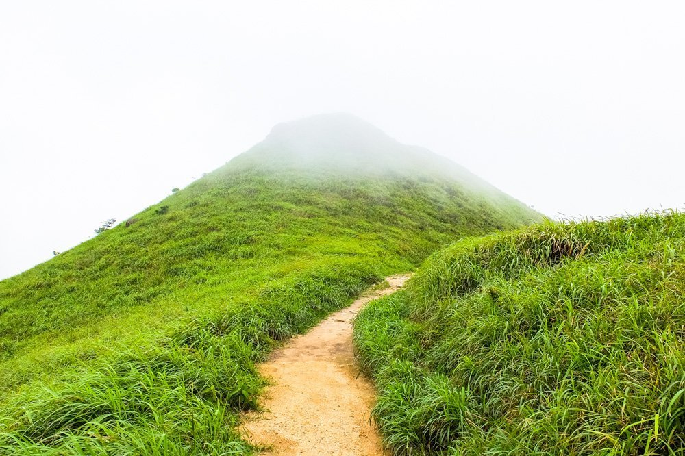 Trail-Lantau-Peak-Hike